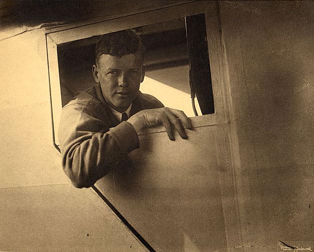 飛行機 on Pinterest | Flying Wing, Charles Lindbergh and Sukhoi